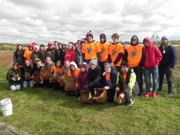 "Sauk Prairie Students Collect Seeds for ""Day of Service"""
